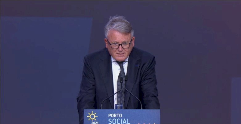 We meet today in Porto at a pivotal moment for Europe. These are turbulent times and people have concrete concerns. With #EUSocialSummit21 and the Pillar of #SocialRights Action Plan, we can provide them with concrete solutions. - Commissioner @NicolasSchmitEU https://t.co/ogNsQtO7yC